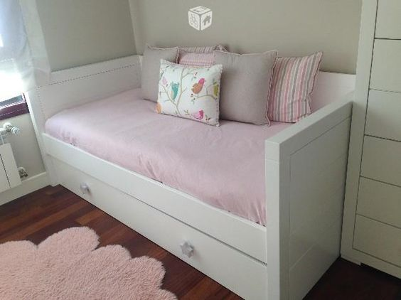 Foto de habitaci n infantil juvenil cama nido sinfonier for Cama divan nina