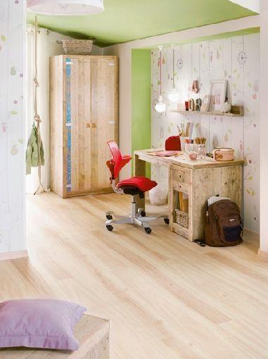 Homeplaza - Pfiffiger Drehstuhl sorgt im Kinderzimmer für mehr Bewegung und Kreativität - Kinderleicht zu mehr Lernspaß
