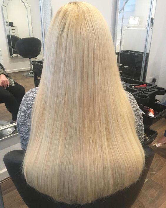 Coiffure Longue Blonde Raide Coiffure Longue Idees Cheveux Blonds Beaux Cheveux Longs