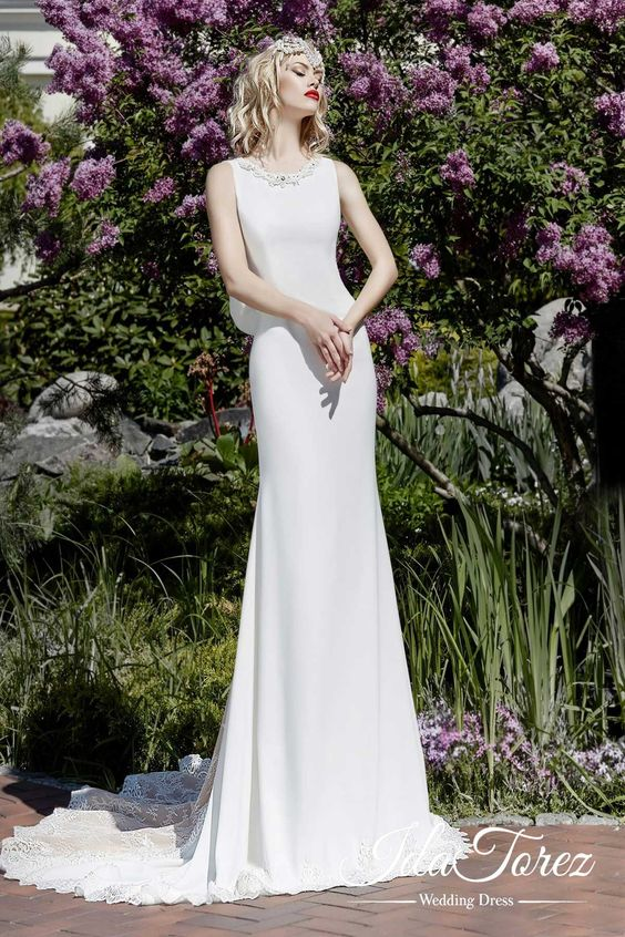 Chic Trumpet-Mermaid Jewel Natural Sweep-Brush Train wedding dress