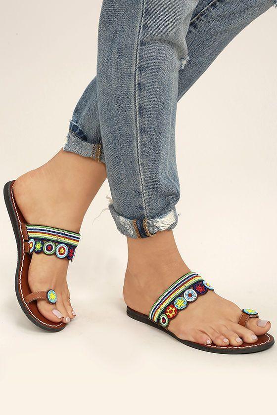 Dizzy Flat Sandals