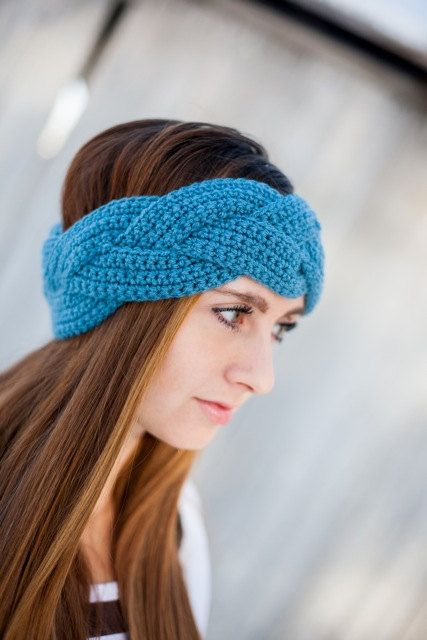 one hook up at a time crochet shop How to read a crochet pattern just be sure to turn it the same way each time you turn hint: always leave the hook in your for single crochet, that was one.
