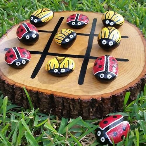 Summer Craft: DIY Outdoor Tic Tac Toe Game (Video). Make this fun and easy summer diy project together with the kids.