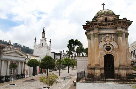 Cemetery and Church in Downtown Quito: of white and orange colors