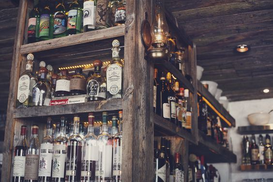 Craft & Commerce's wooden bar impresses in many ways!