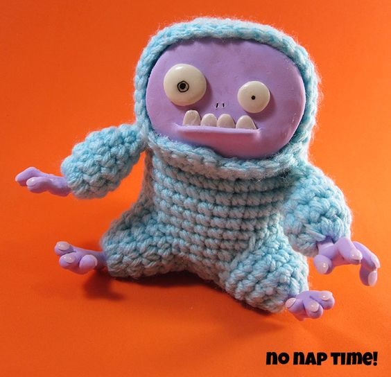 Grumpy Yeti - what you get when you combine polymer clay and crochet ... thanks for sharing Angela aka No Nap Time #yeti #crochet