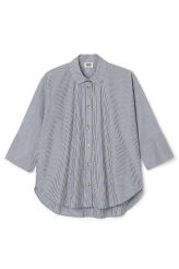 <p>The Fresh shirt has a wide A-lined shape, mid-length dolman sleeves with finishing wide cuffs and a buttoned front. It is made from crisp cottonand hasa finely striped print.</p><p>- Size Small measures 243 cm in chest circumference, 75,50 cm in length and 61 cm in sleeve length.</p>