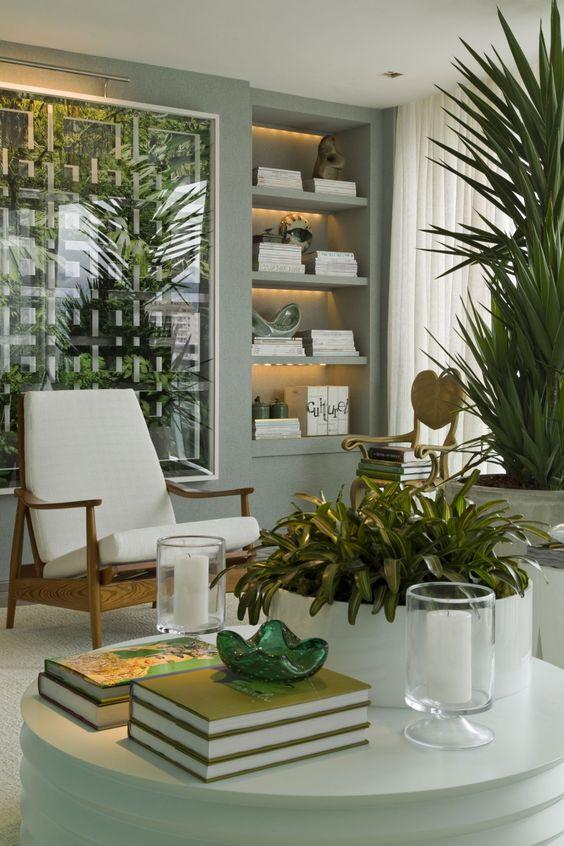 As plantas se destacaram na decoração e deram vida ao ambiente. Casa Cor Rio de Janeiro 2013 - Roberto Migotto: