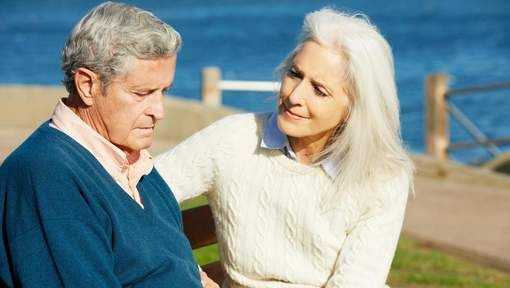 #Le lien social, meilleure arme contre la maladie d'Alzheimer - 7sur7: 7sur7 Le lien social, meilleure arme contre la maladie d'Alzheimer…