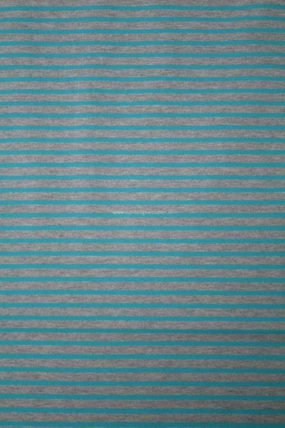 Een stijlvol rustige campan streep van Hilco! Mooi katoen in warme oranje en blauw met een beetje elasthaan. Voelt zacht aan. Voor volwassenen en kinderen, stoer voor hem en haar. Bij SuZ in diverse kleuren leverbaar!
