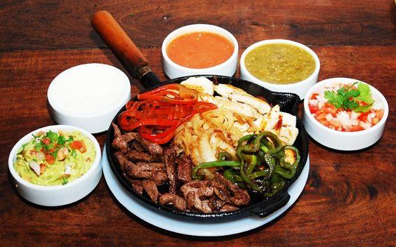 Ubicado en San Isidro, Luna Azteca se especializa en cocina mexicana de alta calidad. Su menú consta de tacos, quesadillas y fajitas, entre otras delicias.