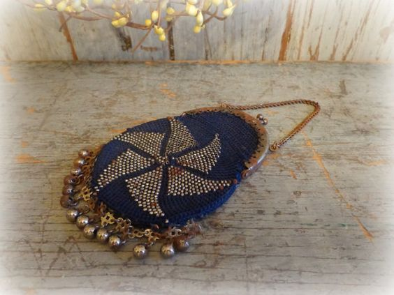 vintage art deco beaded purse bag with pinwheel by AntiqueShopGirl, $40.00