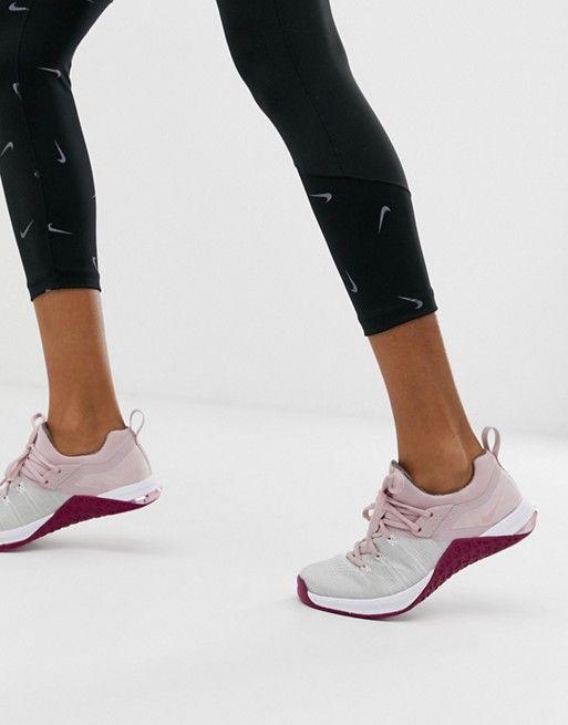 Nike Metcon Flyknit 3 in Pink | Nike