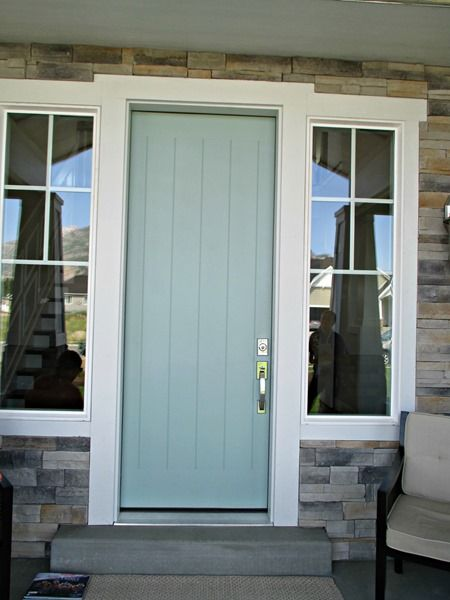 Green trance by sherwin williams front door paint color for Garage door colors
