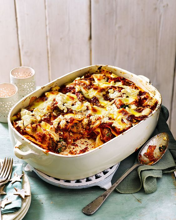 Gennaro Contaldo shares his recipe for his Nepolitan family's special occasion lasagne recipe, complete with meatballs. What more could you want?
