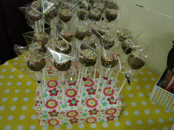 cake pops - very time consuming