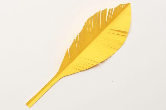 Cómo hacer plumas de papel