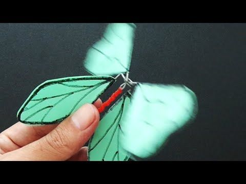 447 How To Make Butterfly Can Fly With Paper Easy Diy Boycraft Youtube How To Make Butterfly Flying Butterfly Card Paper Butterfly
