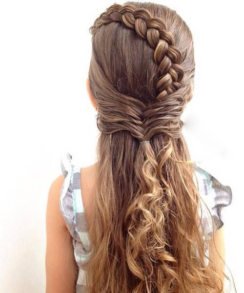 50 Romantic Valentine S Day Hairstyle For Sassy Look Hair Styles Hairstyle Braided Hairstyles