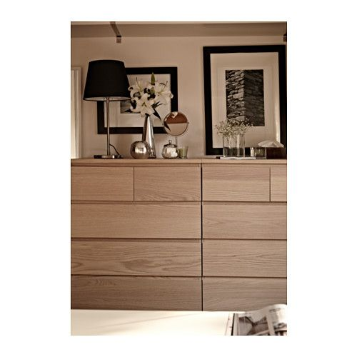 Malm commode 6 tiroirs plaqu ch ne blanchi malm et ikea for Table de chevet malm chene blanchi