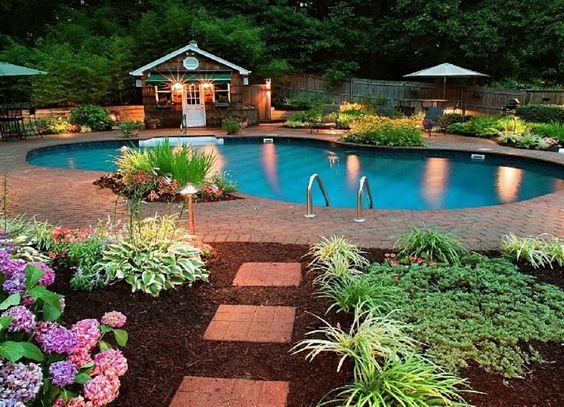 piscinas jardines diseño mantillo