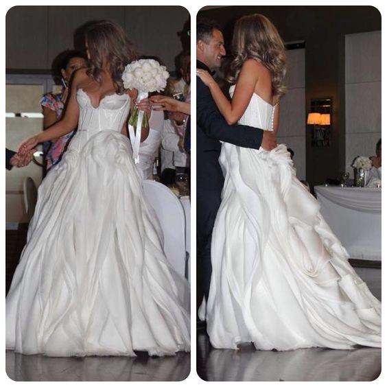 J Aton Bride: J'aton Wedding Dress