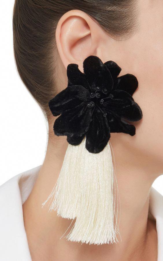 34 Modèles Des Boucles D Oreilles Jewelrytrendsposts Trendy Earrings Tassel Jewelry Fabric Jewelry