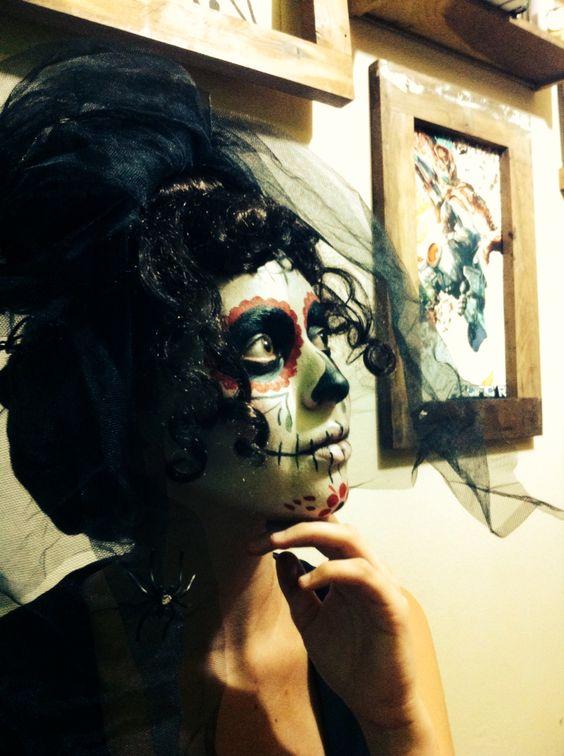 Caracterização para teatro, Maquiagem artística, caveira mexicana.