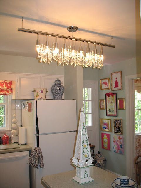 @Beth Connolly, blogger at Chinoiserie Chic, used our linear chandelier in her one room challenge.