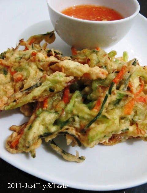 Resep Bakwan Sayur Dengan Saus Asam Pedas Manis Makanan Ringan Sehat Makanan Sehat Makanan