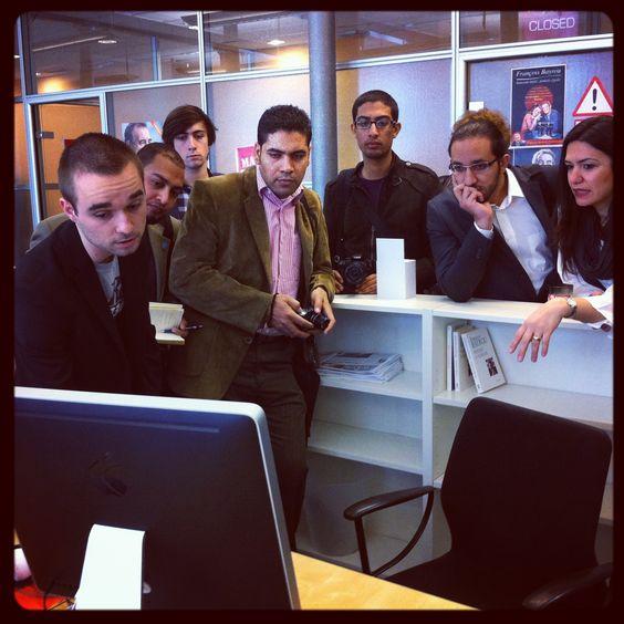 Des blogueurs égyptiens nous ont rendu visite au QG de campagne de François Bayrou pour discuter des moyens web et du programme du candidat.