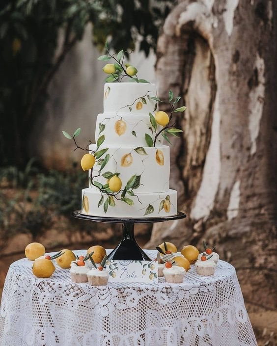 "Bridebook on Instagram: ""Limoncello Cake by @yuju.info! 🍋Perfect for a summer wedding. 💕☀️ ⠀⠀ Wedding Planner: @dpleis_events 📸: @serafin_castillo ⠀⠀⠀⠀⠀⠀⠀…"""