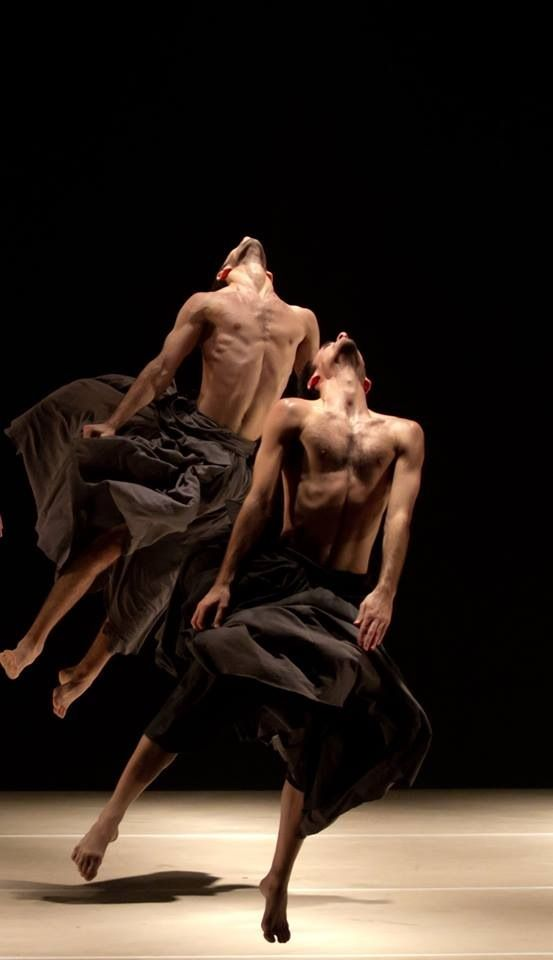 Any ideas on a good research paper topic relating dance and fashion?