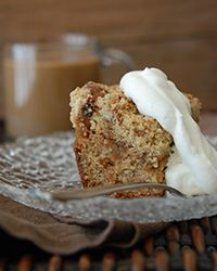 Apple-Raisin Crumb Cake Recipe | Food & Wine #apples #cakes #raisins #crumb_cake #autumn #fruit #cake_recipes