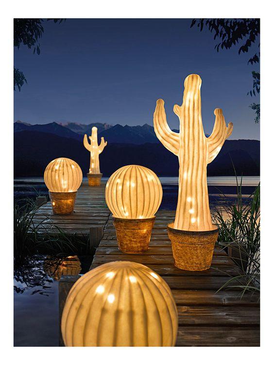 Lampe à LED de jardin forme cactus originale - helline: