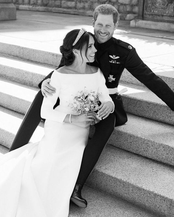 May 19, 2018 - Meghan Markle and Prince Harry's Official Wedding Portraits Are Here and They're Flawless - Photo by Alexi Lubomirski - HarpersBAZAAR.com