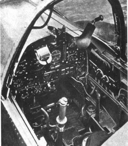 PZL38  操縦室