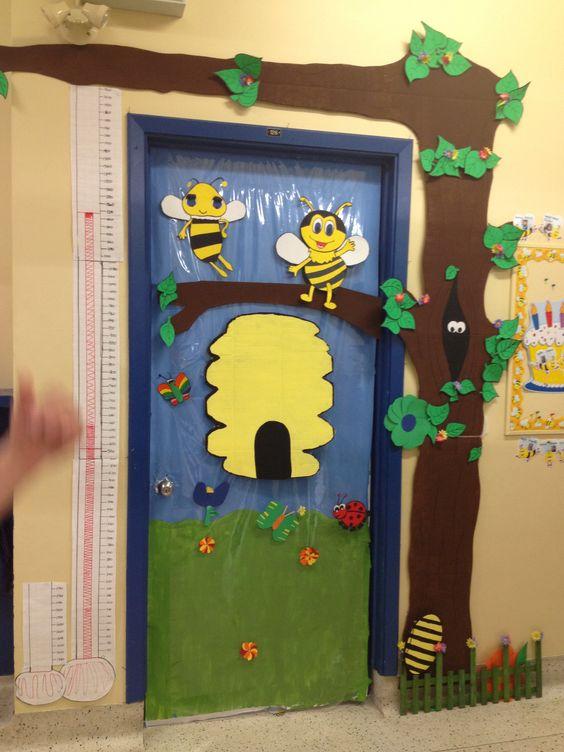 Puerta del aula abejas and aula on pinterest for Decoration porte de la classe