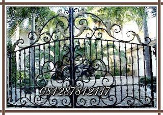 Gambar Pintu Pagar Gerbang Railing Balkon Tangga Besi Tempa Klasik