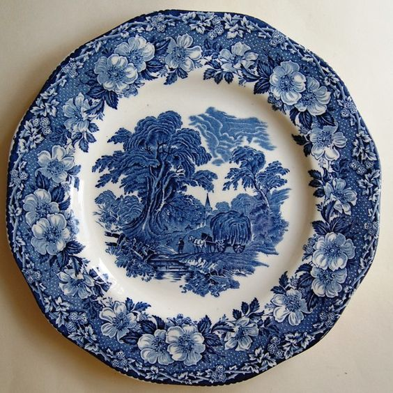 Blue and white wedgwood plate decorative platter for Wedgewood designs