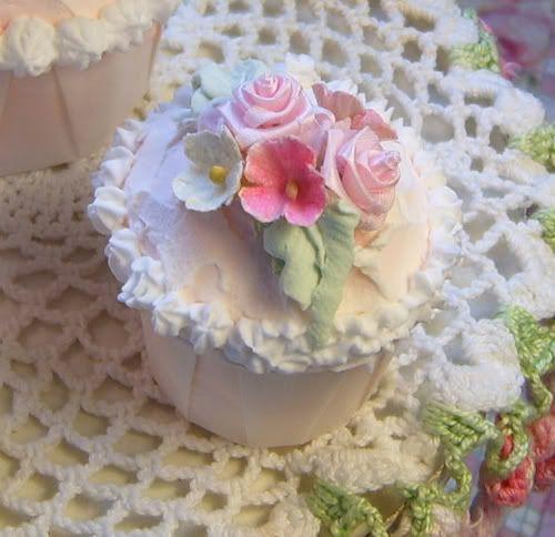 Faux Cupcake ~ The Ruffled Rose
