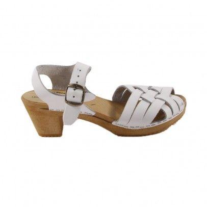 Summer Swedish clog sandals. Love!