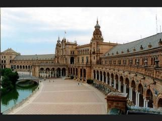 Sevilla, the jewel of the Guadalquivir, the city talisman