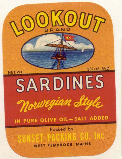 **AN ORIGINAL TIN CAN LABEL** CAP/'N JOHN Vintage Clam Bouillon Can Label Canada