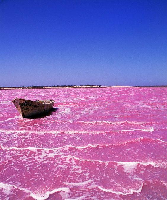 Lac rose Retba au Sénégal