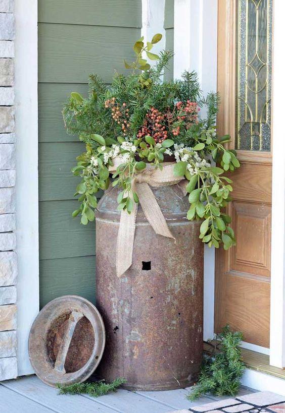 Ravvivare l'ingresso con un bella fioriera! Ecco 16 esempi per ispirarvi… Divertitevi