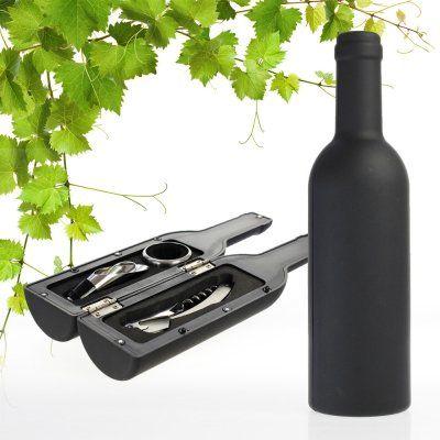 Du suchst ein Geschenk für einen Weinliebhaber? Dieses Sommelier Set in Flaschenform ist das ideale Präsent und enthält alle nötigen Teile zum stilvollen Servieren des edlen Getränks. via www.monsterzeug.de