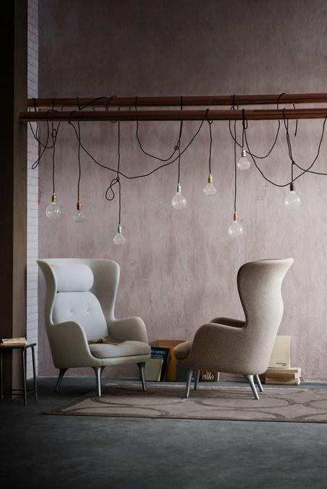 Ro chair by Fritz Hansen