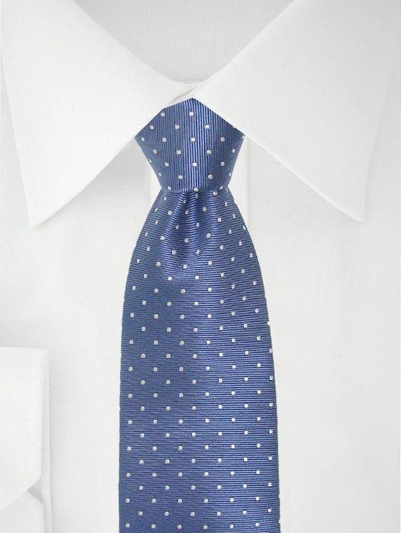 Blau weiß gepunktete Krawatte