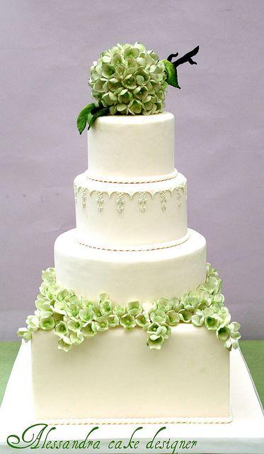 Hochzeitstorte Farbe: weiß, grün